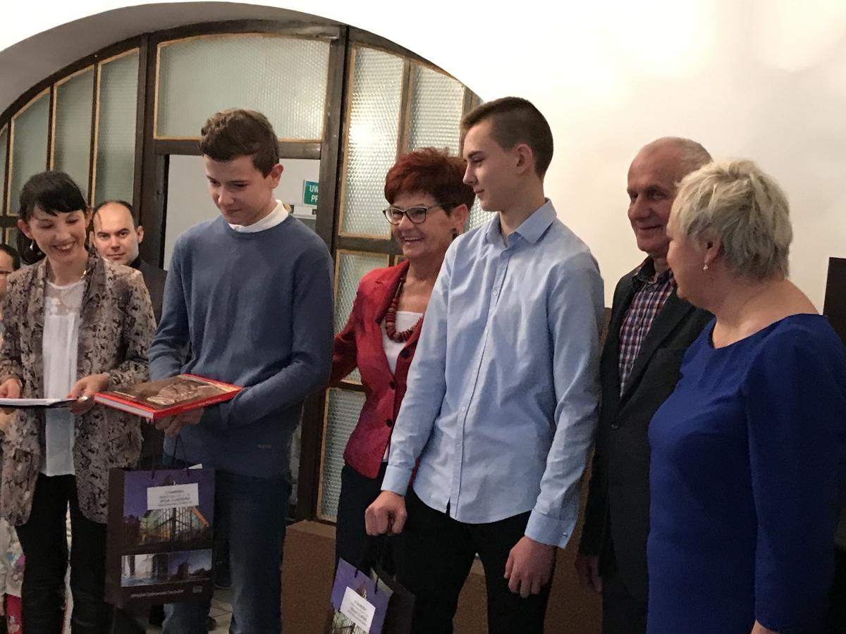 Sukcesy Naszych Uczniów W Powiatowym Konkursie Literackim